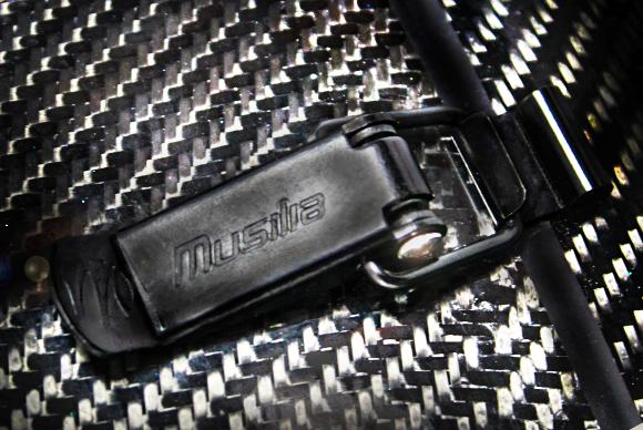 musilia-toggle-latch-detail-web